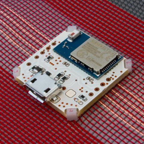 E-Textile hardware